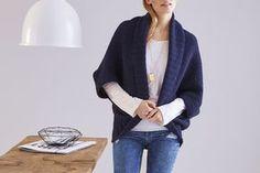 Der tolle Seelenwärmer im großen Perlmuster wurde von Tanja Steinbach designed. Ein Strickstück, auch für Anfänger, das kuschelig, warm und modern ist.