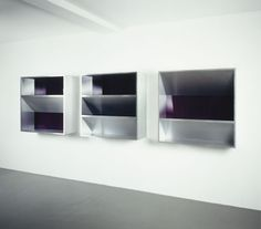 Donald Judd – Untitled 1982 (Aluminum and violet Plexiglas) Ryan Gander, Postmodernism, Minimalist Art, Installation Art, Minimalism, Cool Art, Contemporary Art, Art Gallery, Cool Stuff
