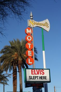 Trying to drum up business, Old Motel Sign in Las Vegas, Nevada