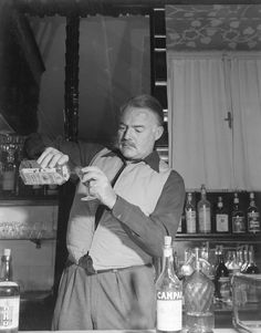 #Hemingway making a #Negroni - one of his favourite #cocktails
