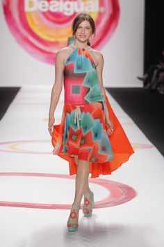 a9ad783df0695 Tali Lennox was modeling for Desigual at New York Fashion Week and enjoying  la vida es
