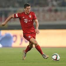 Robert LewandowskiArsenal sering kali ditanya-tanya bagaimana cara mereka bisa menahan Lewandowski saat berhadapan dengan tim Bayern Munich di pertandingan ketiga Liga Champions.