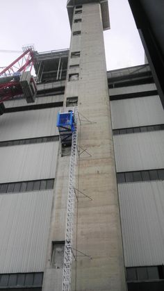 Construction lifts Construction Lift, Sidewalk, Italy, Italia, Side Walkway, Walkway, Walkways, Pavement