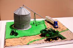 Grooms cake...farm theme of course! :)