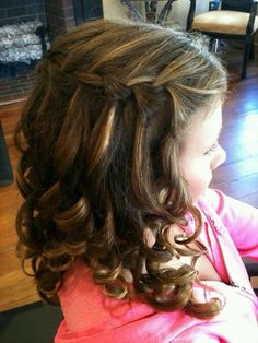 Gorgeous 55 Awesome Waterfall Braid Hairstyle Ideas For Girls Flower Girl Hairstyles, Fancy Hairstyles, Little Girl Hairstyles, Braided Hairstyles, Wedding Hairstyles, Hairstyle Ideas, Hairstyles 2018, Updo Hairstyle, Medium Hairstyles