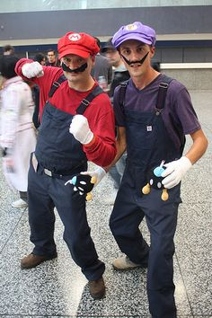 Looking for a gaming themed costume this year but don't want to go with the obvious? Check out our Waluigi Costume tutorial, based on Luigi for Halloween.