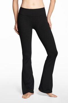 Buy Daru Bootcut From Fabletics - Off For New Members! Workout Attire, Workout Wear, Fashion Over 50, Work Fashion, Yoga Pants For Work, Yoga Dress, Best Leggings, Charcoal Color, Mom Style
