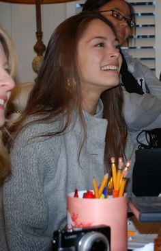 Kristin Kreuk, her natural beauty shines through. #lovekreuk
