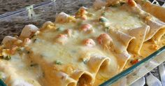 Crab and Shrimp Enchiladas - Here's a spicy Cajun favorite that is perfect for anytime. Instead of enchilada sauce, I use Sofrito and Cilanto sauce by Bada. I also add Emril's Fish rub seasoning. Crawfish Recipes, Cajun Recipes, Seafood Recipes, Mexican Food Recipes, Cooking Recipes, Mexican Entrees, Shrimp Enchiladas, Crawfish Enchiladas Recipe, Crawfish Fettucine Recipe
