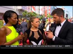 Ronda Rousey wins Best Fighter at the 2015 ESPY's then fires shots at Floyd Mayweather jr - YouTube