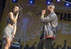 Tiana and Hakeem do a performance named Starlight