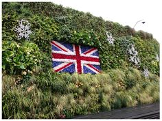 Living Wall at Westfield Shopping Centre | Community Post: 39 Insanely Cool Vertical Gardens