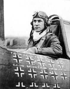 Frank Lukes, WWI Ace