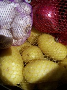 How to Store Potatoes, Onions and Garlic