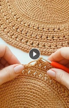 Simple and easy crochet texture stitch. Just make half double crochet in the back loop , slip stitch in the next stitch in the back loop and that's it Irish Crochet, Double Crochet, Single Crochet, Knit Crochet, Crochet Stitches, Crochet Hooks, Crochet Doilies, Knitting Patterns, Crochet Patterns