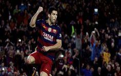 Luis Suárez anoto cuatro goles el sábado para sumar ocho dianas en apenas tres días, y el Barcelona goleó 6-0 de local al Sporting de Gijón