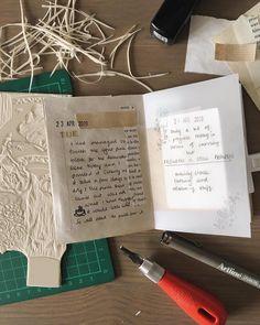 #junkjournal #glassine #vintagepapers #journalideas Journal Pages, Junk Journal, Hobonichi, Travelers Notebook, Moleskine, Roxy, Ephemera, Paper, Vintage