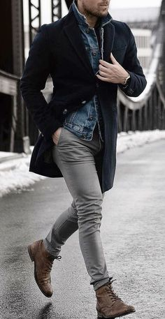 45 Stylish and Casual Winter Outfit Ideas for Men Stylish and Casual Winter Outfit Ideas for MenBy Posted on November 201 Stylish Men, Men Casual, Smart Casual, Casual Shirt, Herren Outfit, Mens Fashion Suits, Mens Autumn Fashion, Male Winter Fashion, Mens Boots Fashion