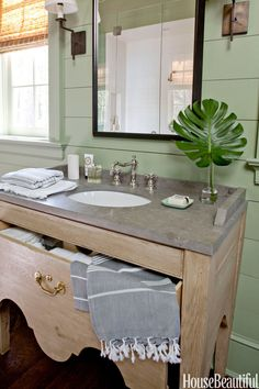 Try a Trendy Oval Sink
