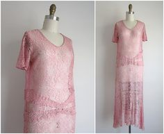 $122 1920s Dress / Vintage 1920s Lace Dress / Pink Lace Drop Waist Dress Size Small Medium