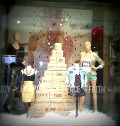 Vidrieras de navidad en Buenos Aires 2012 / LACE AND ROLL