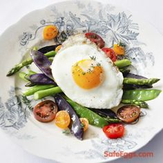 This sunny-side up citrus vegetable salad is sure to satisfy with an explosion of fresh flavor! Fresh-squeezed orange juice balanced with honey, soy sauce, and rice wine vinegar makes a light and refreshing dressing that balances perfectly with the snow peas and asparagus.