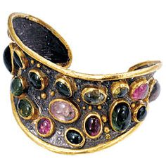 Discriminatory acquisition of the Turkish jewelry