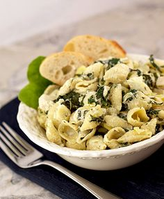 spinach artichoke pasta: 1 pack cream cheese, 1/2 c milk, 1/2 c sour cream, lemon juice, 1 can art hearts, 10oz frozen spinach, parm, chicken