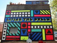 Estampas de inspiração tribal encontram o pop na arte vibrante de Camille Walala - Follow the Colours