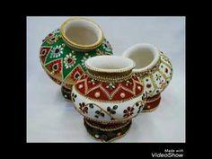 Janmashtami Decoration Ideas Home Diy Kalash Decoration, Thali Decoration Ideas, Diwali Decorations, Festival Decorations, Bottle Painting, Bottle Art, Bottle Crafts, Pottery Painting Designs, Paint Designs