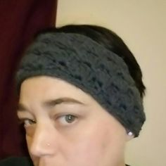 Check out this item in my Etsy shop https://www.etsy.com/listing/502102575/crochet-headband-ear-warmer