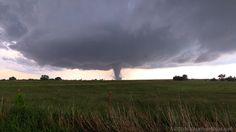 Photogenic EF-4 Oklahoma tornado, May 9, 2016