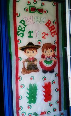 Puerta decorada del mes de septiembre Mexican Celebrations, Hispanic Heritage Month, Class Decoration, Ideas Para Fiestas, Crepe Paper, Infant Activities, Wedding Themes, Classroom Decor, Preschool