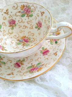 dainty teacup | Dainty, Delicate & oh so Pretty! | Pinterest)
