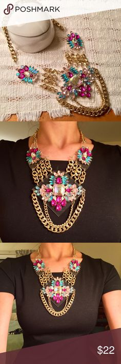 Pink turquoise rhinestone statement necklace Oversized statement necklace with gold chains and rhinestones. Purchased at TOPSHOP in Dubai. Topshop Jewelry Necklaces