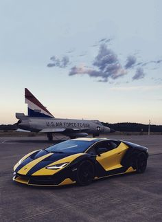 Lamborghini – One Stop Classic Car News & Tips New Sports Cars, Classic Sports Cars, Sport Cars, Classic Cars, Luxury Car Brands, Top Luxury Cars, Lamborghini Cars, Ferrari, Mercedes Car