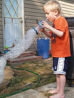 Millions and Jillions of Bubbles!  DIY Kid Summer Fun