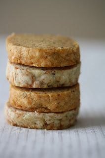 Salt and Chocolate: Savory Cookies, Ok we can call them Crackers