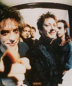 The Cure 90´s Robert Smith, Roger O Donnell, Simon Gallup, Jason Cooper, Perry Bamonte