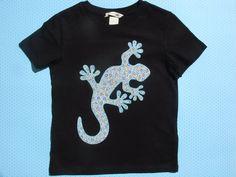 Camiseta con lagartija por LacasitadeCaperucita en Etsy