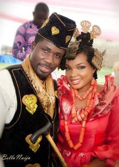 Efik couple. Latest African Fashion, African Prints, African fashion styles, African clothing, Nigerian style, Ghanaian fashion, African women dresses, African Bags, African shoes, Nigerian fashion, Ankara, Aso okè, Kenté, brocade etc ~DK