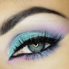 Lavender and baby blue eye shadow is both pretty and edgy at the same time. This eye makeup works during the summer both as a daytime and nighttime look.