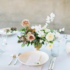 small, organic table centerpieces