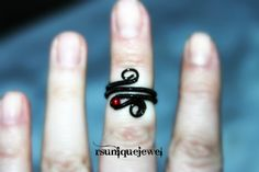Adjustable black midi ring Wire wrapped by rsuniquejewel on Etsy Gothic Rings, Knuckle Rings, Midi Rings, Wire Wrapping, Beads, Tattoos, Unique Jewelry, Handmade Gifts, Etsy