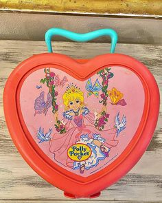 "Polly Pocket World on Instagram: ""New box in my collection ❤️ #pollypocket #matteltoys #80sstyle #bluebirdtoys #vintagemania #80schild #90sstyle #90srule #instatoys…"" Diy Recycle, Recycling, Polly Pocket World, 80s Fashion, Blue Bird, Box, Collection, Vintage, Instagram"