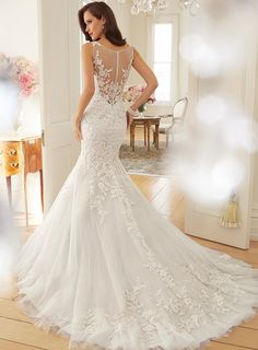 Charming Mermaid Scoop Lace Appliques Wedding Dresson Sale With USD$ 206.99 : Weddingshe.com