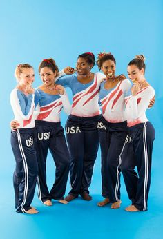 Win the Olympic Gold Medal with this awesome Halloween Costume - Olympic Gymnastics Best Group Halloween Costumes, Team Costumes, Couple Halloween, Diy Costumes, Halloween Party, Costume Ideas, Halloween Ideas, Zombie Costumes, Carnival