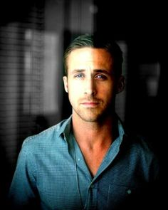 Ryan Gosling: Looking quite dapper there.
