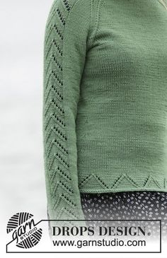 Knitted DROPS jumper with raglan and lace pattern in Cotton Merino or Belle. Size: S - XXXL. Free pattern by DROPS Design.
