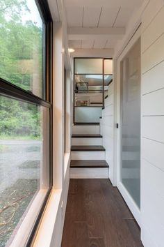 A Tiny House Without Sacrifices in Design A Tiny House Without Sacrifices in Design.tinyhousebasi The post A Tiny House Without Sacrifices in Design appeared first on Architecture Diy. Small Tiny House, Tiny House Swoon, Best Tiny House, Tiny House Living, Tiny House Plans, Tiny House On Wheels, Living Room, Tiny House With Stairs, Two Bedroom Tiny House